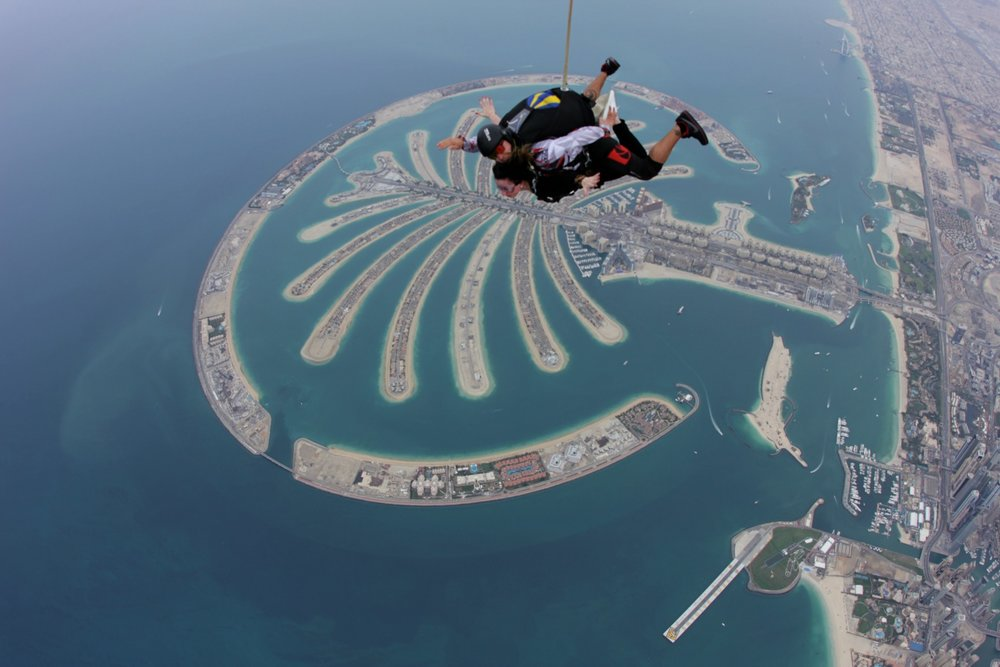 PALM JUMEIRAH •DUBAI, UAE PHOTOGRAPHER: SKYDIVE DUBAI TEAM