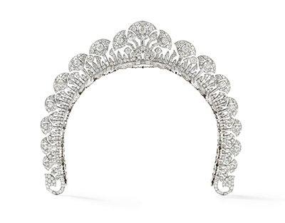 Cartier London     Halo tiara  1934 platinum, round old- and baguette-cut diamonds 4 cm (height) Collection Cartier © Cartier Photo: Nils Herrmann