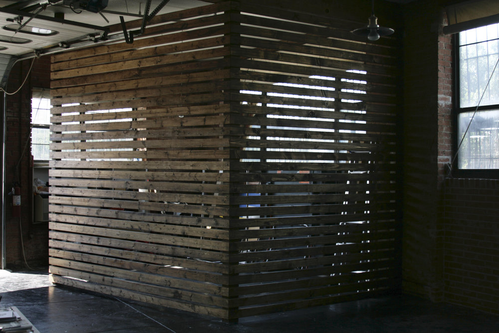 SLATTED STUDIO DIVIDER WALL - MOLLY DICKSON - DALLAS, TX Edgy local photographer working in fashion & kids.