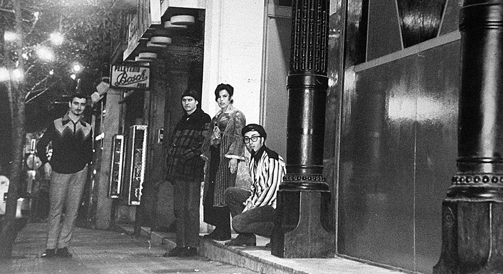 Alberto Guijarro, Albert Salmerón, Ana Mª Martínez (Anita) y Txarly Brown en la puerta del Monumental
