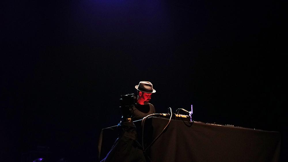Mika Vainio/  Foto  Roger March