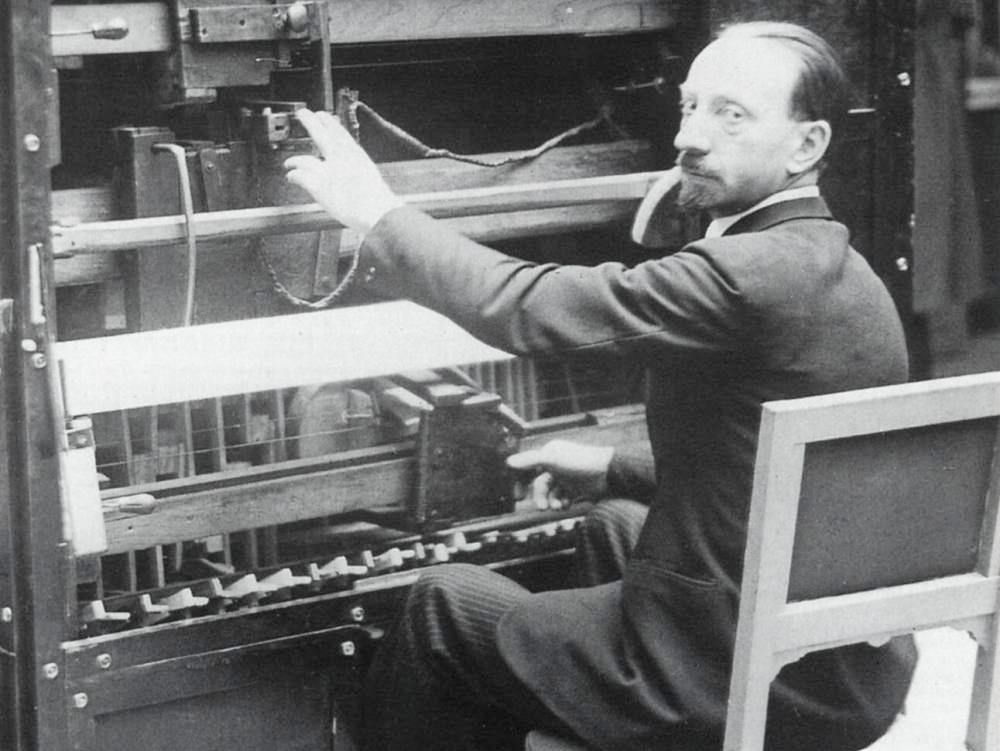 Filippo Tommaso Marinetti, 1930
