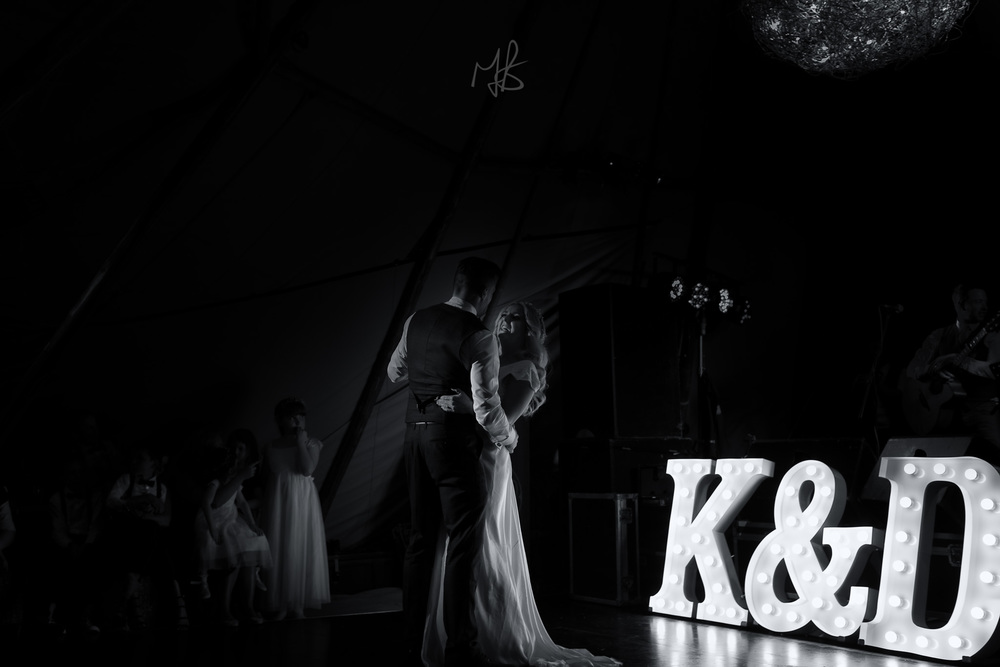 Northern_Ireland_Wedding-Photographer-Mark-Barnes-Newry_wedding_Photography-Katie&Darren-85.jpg
