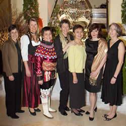 Ann Bancroft, Birgit Sattler, Lene Holm, Liv Arnesen, Vera Metcalf, Irina Nikolaeva, Jill Fredston