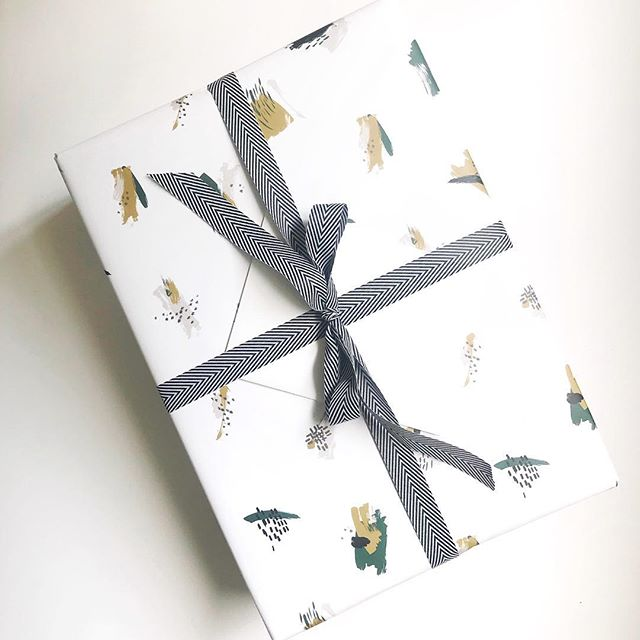Gift giving is one of my favorite things to do. Wrapping up a little package for a dear friends birthday today! 💕💕 . . . . . . . . . . . . . . . . . . . . . . . . . #brownpaperpackages #givinggifts #giftgiving #birthday #birthdaygirl #giftwrapping #giftwrap #wrappingpaper #simpledesign #beautifulpaper #paperlove #paperlover #stationeryaddict #persuepretty #beautifulthings #letterpress #letterpresslove #stationery #stationerylove