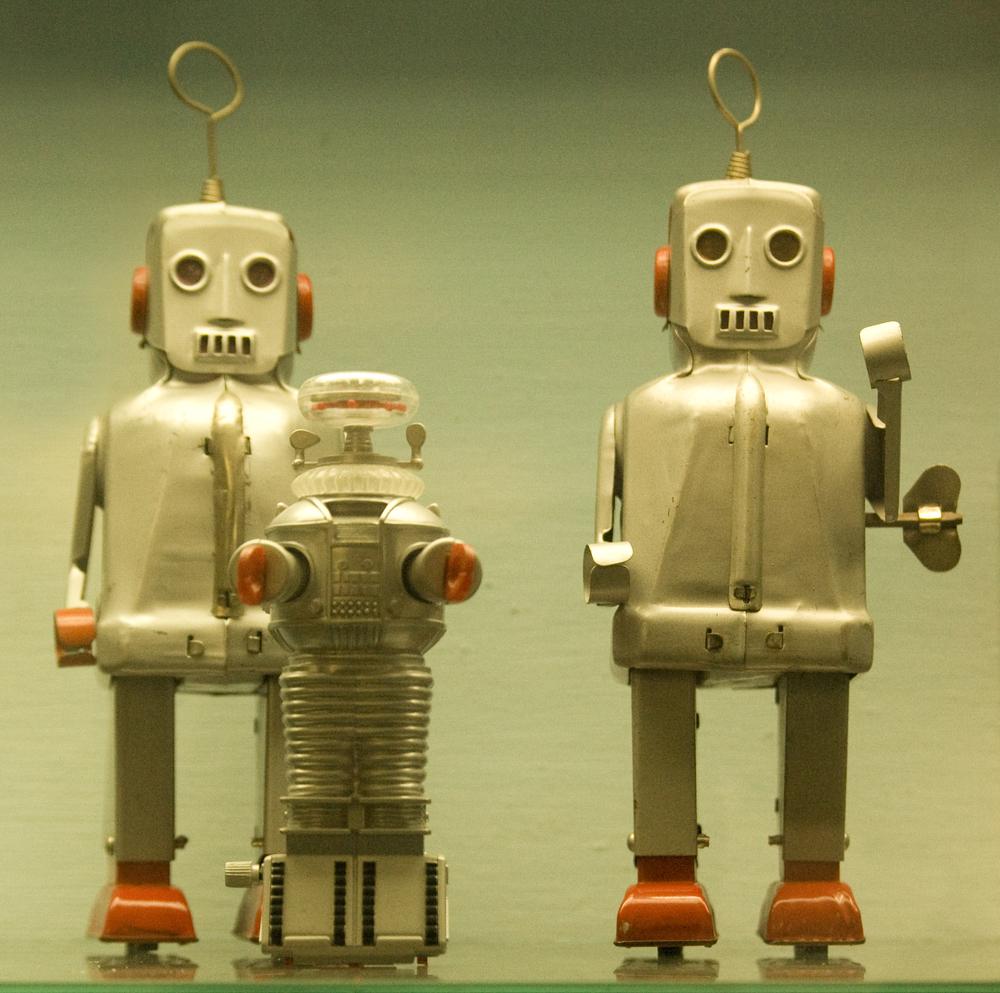 toy_robots.jpeg