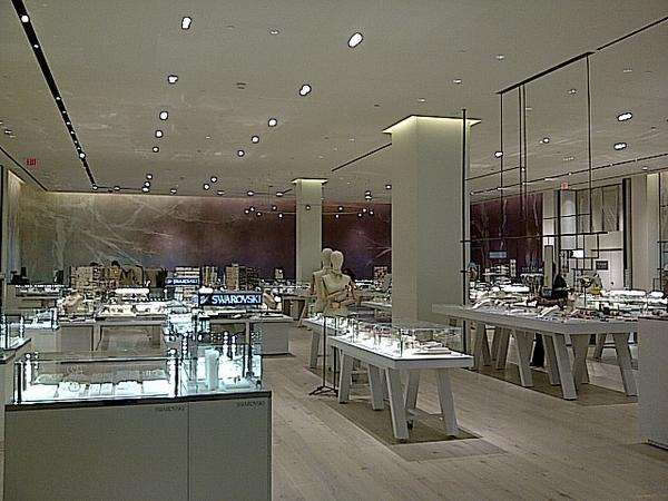 7080f1d136f1d2 Newly renovated Hudson s Bay store at Yorkdale Shopping Centre