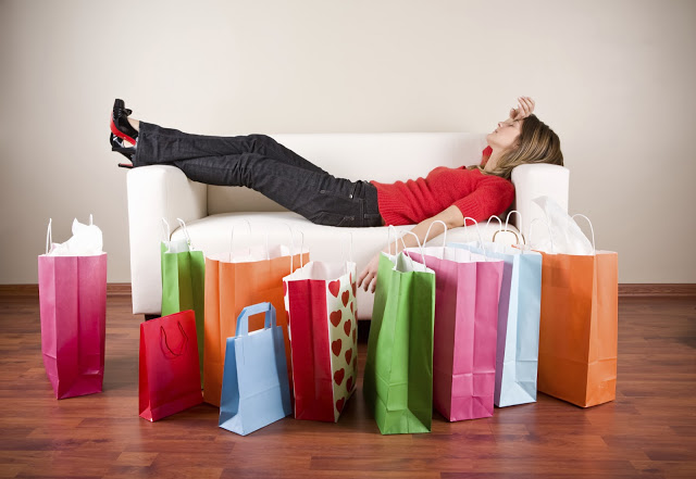 Women-with-shopping-bags+retail+insider.jpg