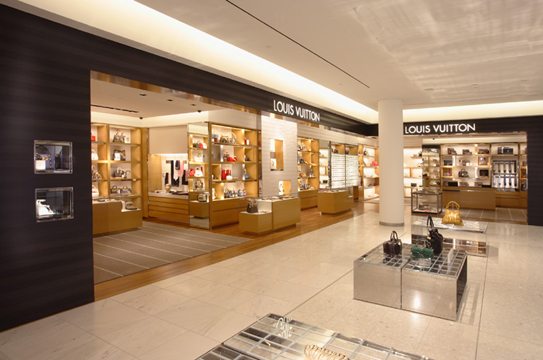 Louis Vuitton concession on the ground floor of Holt Renfrew, Vancouver. Other concessions include Gucci, Dior, Prada and Burberry. Tod's and Fendi boutiques are also featured. Image Source