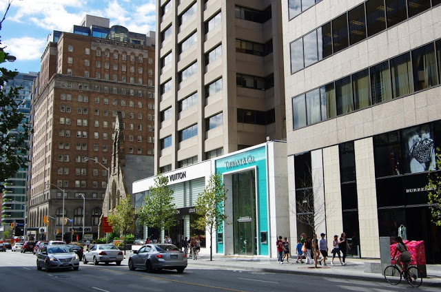 Bloor Street/Yorkville, Toronto [Image Source]