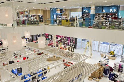 Inside of La Maison Simons at Galeries d'Anjou. Photo: La Presse