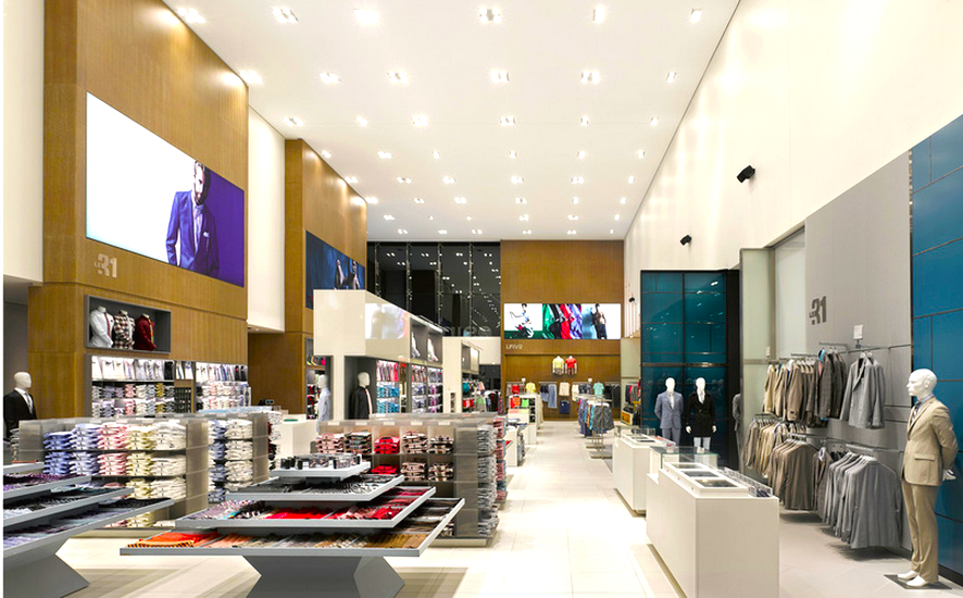 Inside Simons' West Edmonton Mall store. Photo: www.visplay.com