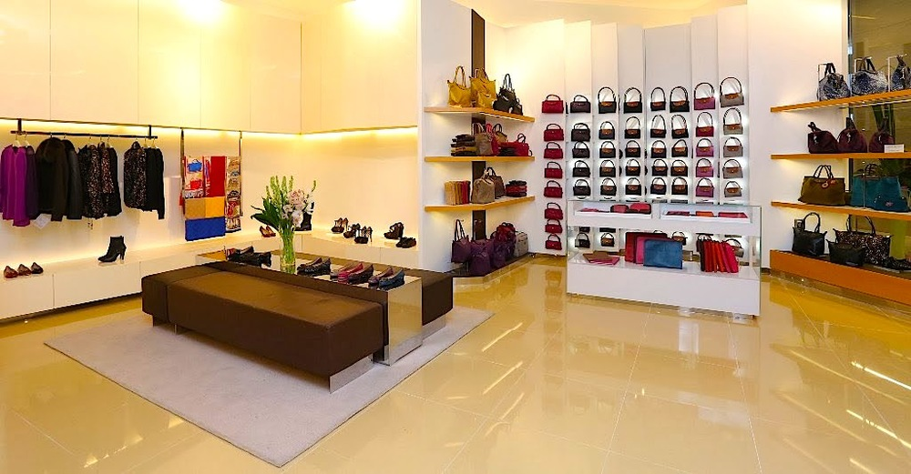 Longchamp boutique, featuring ready-to-wear and footwear. Photo: www.sunshinekelly.com