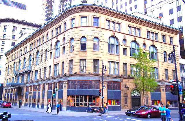Birks' Montreal flagship boasts almost 20,000 sq ft of retail, as well as 58,000 sq ft of offices. Photo: Wikipedia.