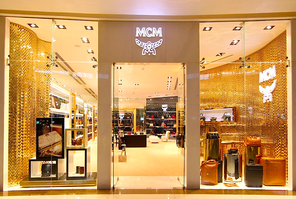 mcm looks to open canadian stores. Black Bedroom Furniture Sets. Home Design Ideas