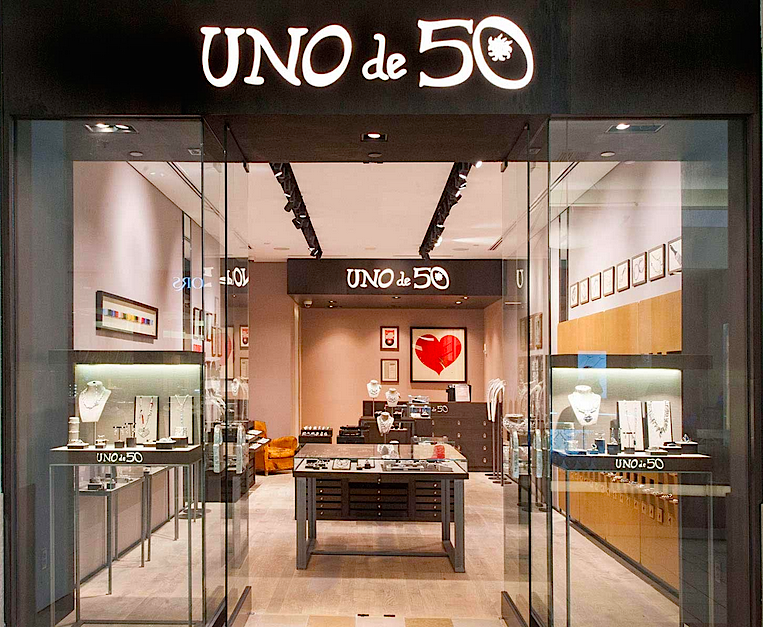 Photo: UNOde50