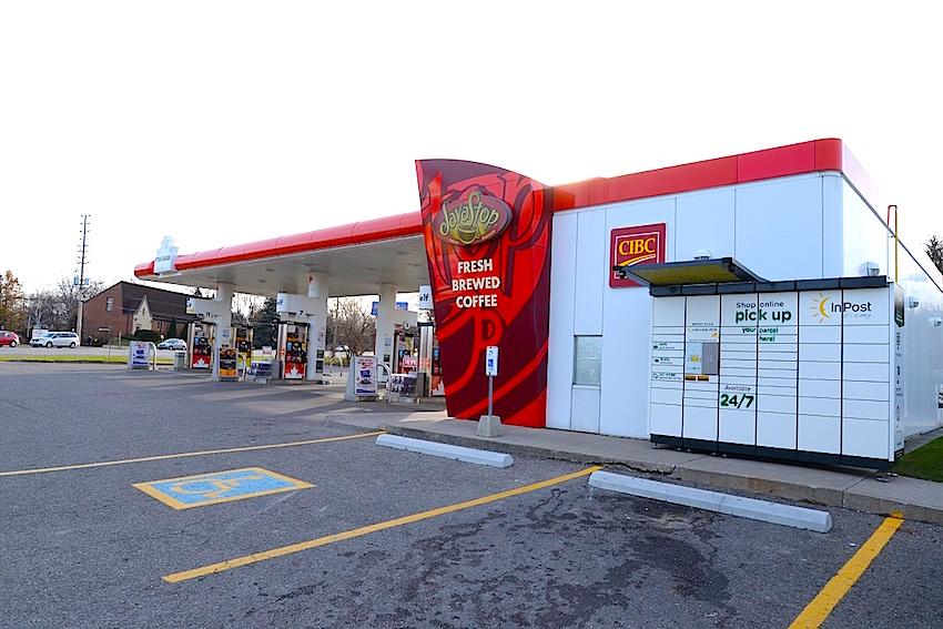 Inpost at Petro Canada