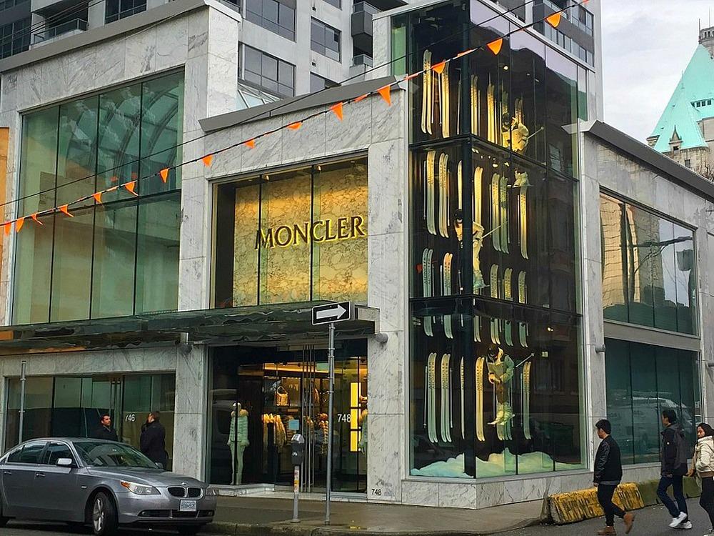 Photo: connect2source via Vancouver Skyscraper Page.