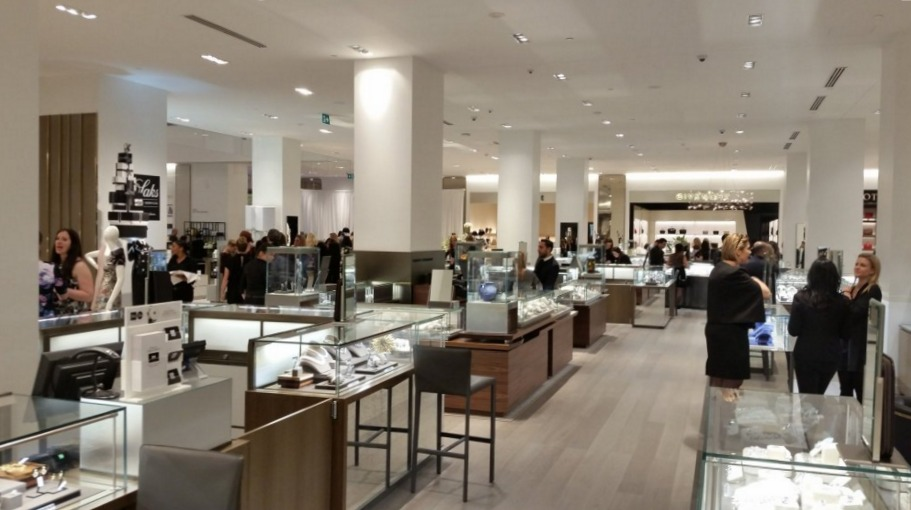 Ground floor jewellery.  Photo: Colin Asuncion, Retail Council of Canada.