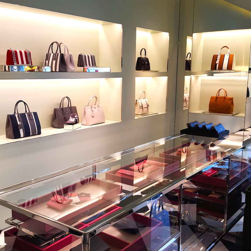 Handbags/accessories, ground floor. Photo: Helen Siwak of @Eco.Lux.Luv