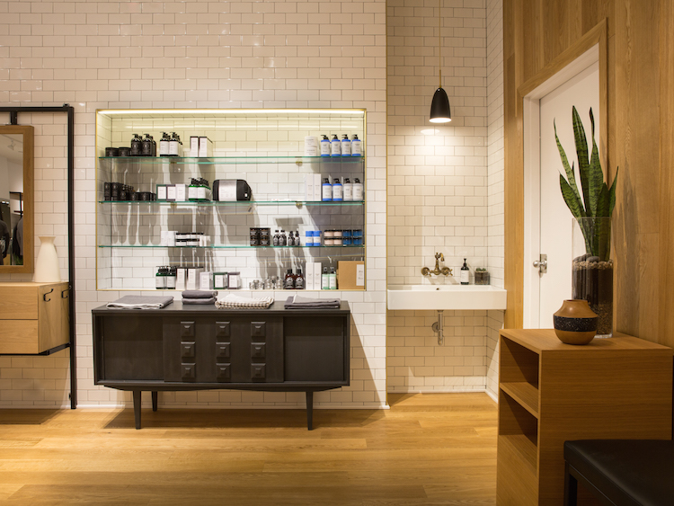 Apothecary area in Laval