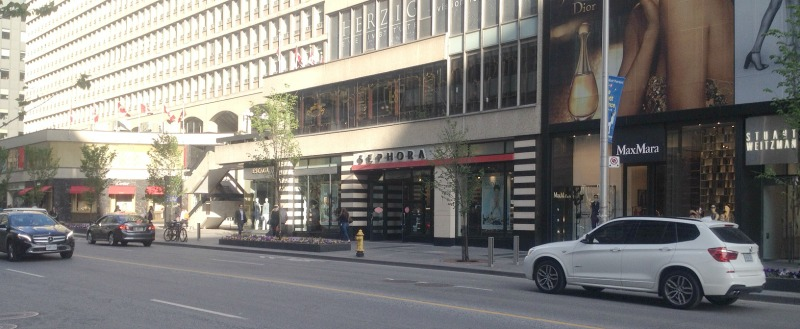 Sephora at 131 Bloor Street West. Photo: Craig Patterson for Retail Insider