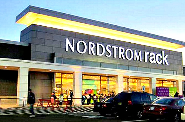 nordstrom target market Nordstrom has a fantastic customer experience design see how the nordstrom marketing strategy uses customer experience design as a key difference maker.