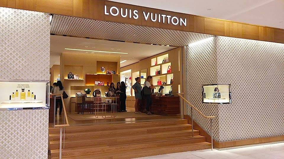Louis Vuitton Boutique. Photo: Ritchie Po