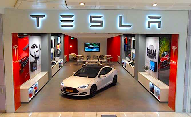 West Coast Auto Sales >> Tesla to Open First West Coast Mall Store