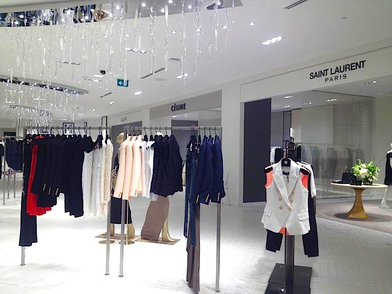 (Luxury women's ready-to-wear boutiques on 3. PHOTO: RETAIL INSIDER)