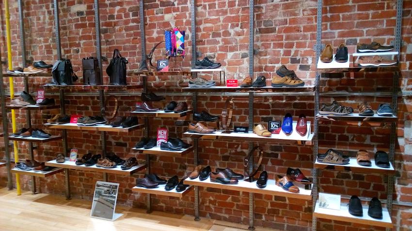 Kingston Mall Shoe Stores