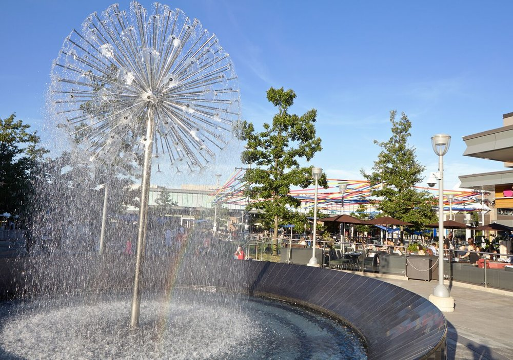 (Water feature in the town square)