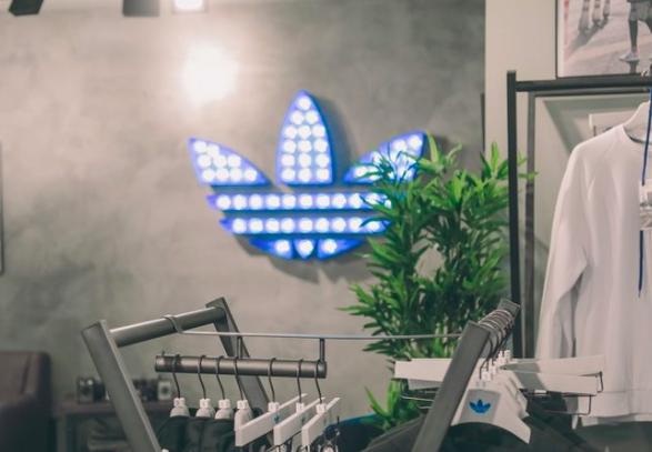 Adidas Unveils 1st Canadian Originals 'Neighbourhood Concept' Store Renovation [Photos/3D Tour]