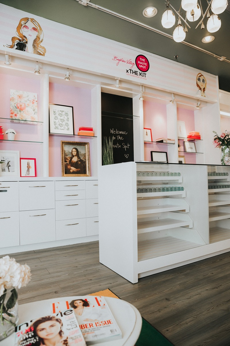 (Fashionable decore, shelving and storage. Photo: Bayview Village)