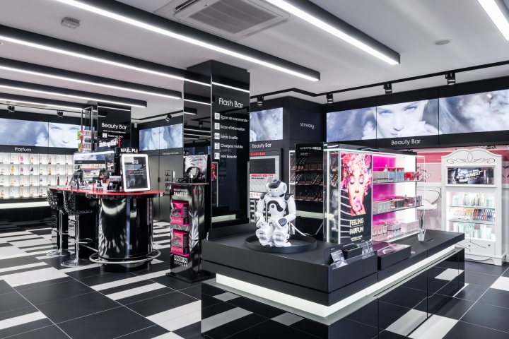 Sephora-Flash-by-Intangibles-Paris-France-02.jpg