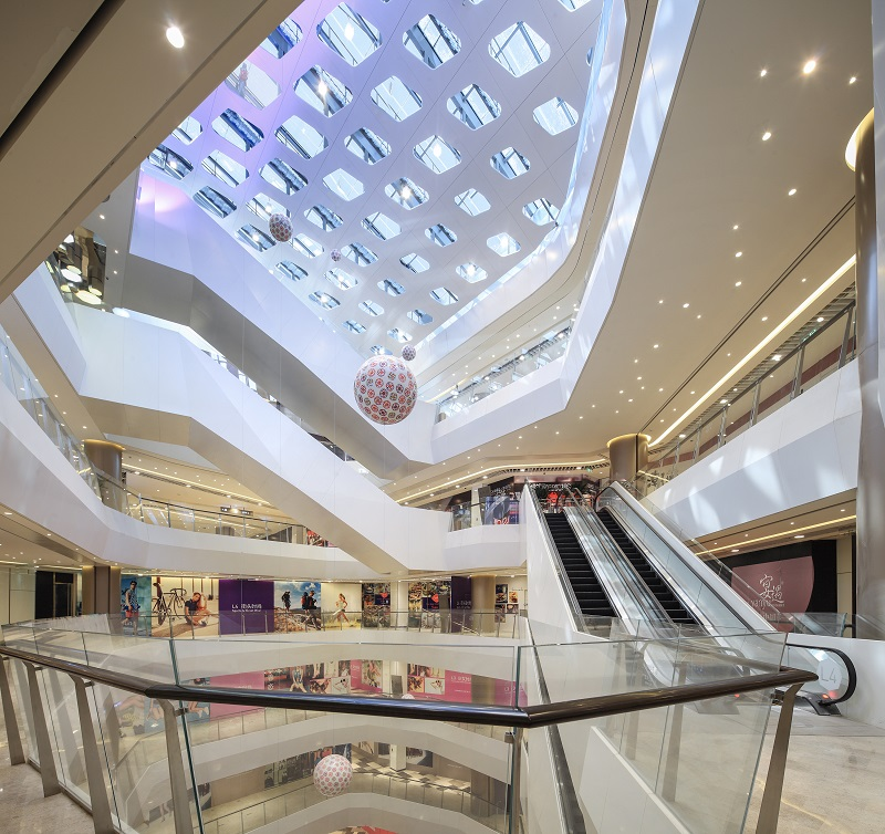 (  Crys  tal Galleria in Shanghai)