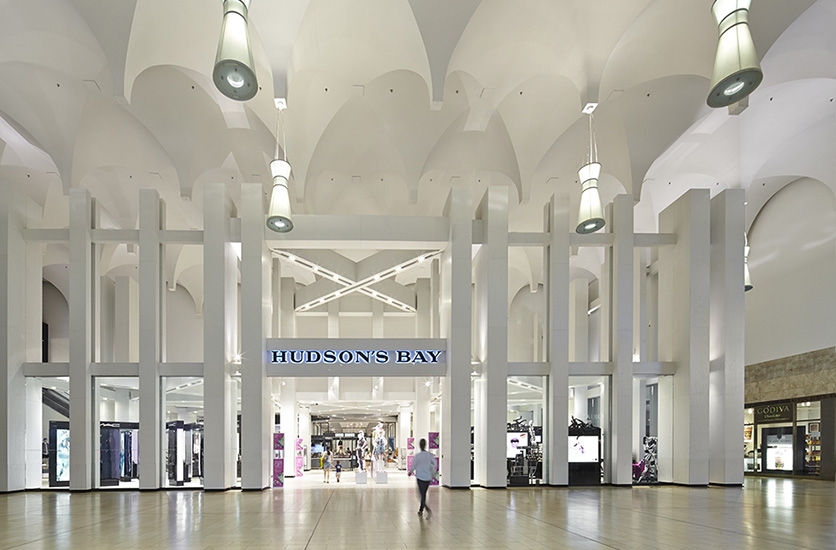 (Hudson's Bay, Yorkdale. Photo:  Alex Rebanks Architects. Inc. )