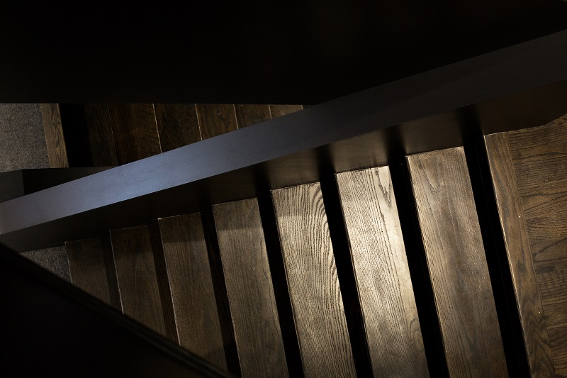 (Stairway)