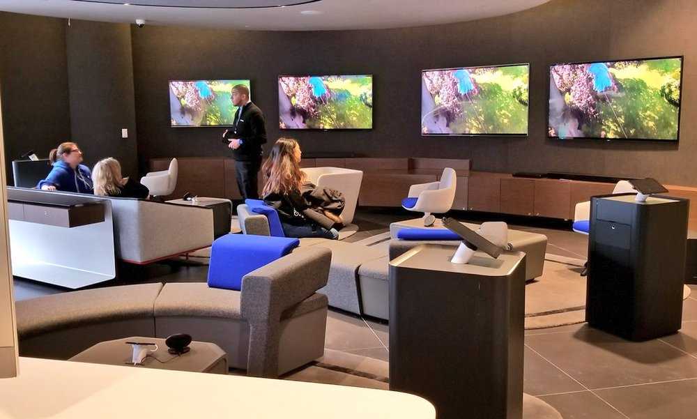 (The store's 'luxe' TV experience zone showcases Samsung picture, sound and design innovations. PHoto: Samsung)