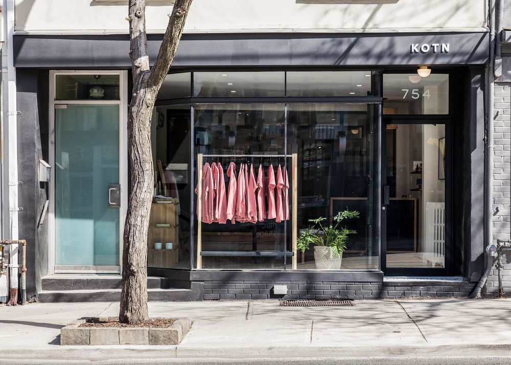 (Toronto Queen Street West Storefront. PHoto: KOTN)