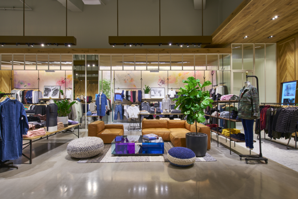 (Chicago Rush Street Flagship. Photo: Aritzia)