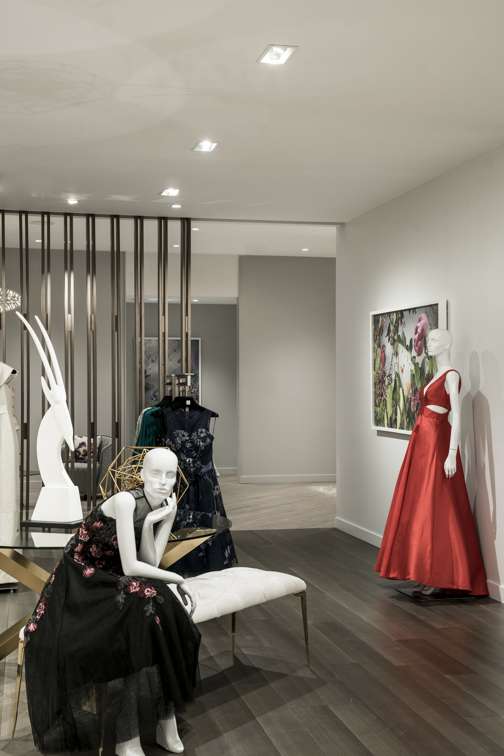 (Private Shopping Suites Entrance.   Photo: Saks Fifth Avenue)