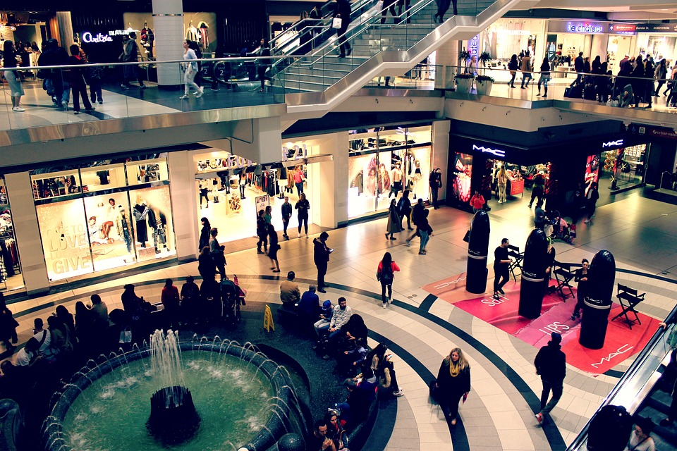 mall-2595002_960_720.jpg