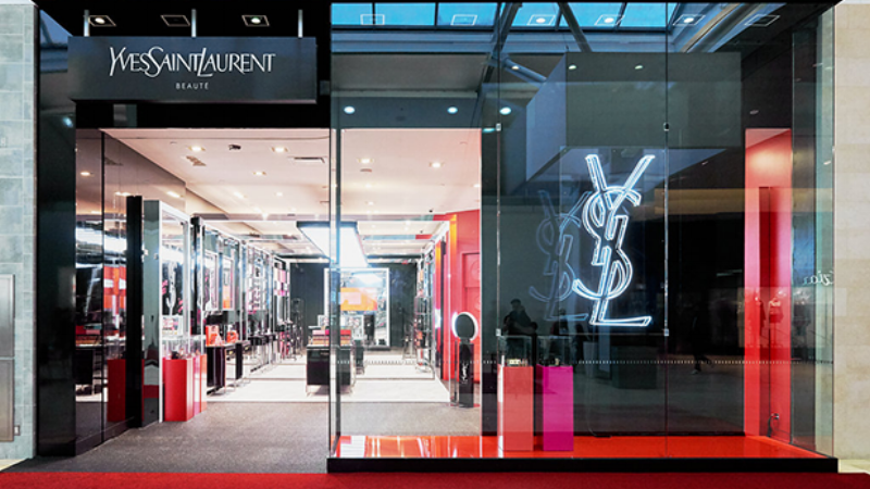 YSL Beauty opens its first freestanding pop-up shop in Canada. Photo:  Hannah Yakobi and courtesy of YSL