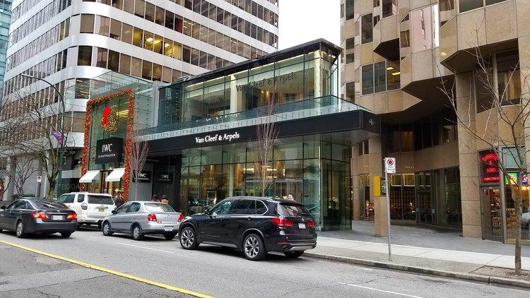 [IWC and Van cleef & Arpels in Vancouver's Alberni Street/Luxury Zone. Photo: Helen Siwak]