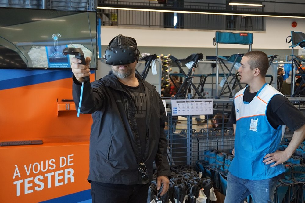 Testing out Valtech's VR Goggles. Photo: Decathlon