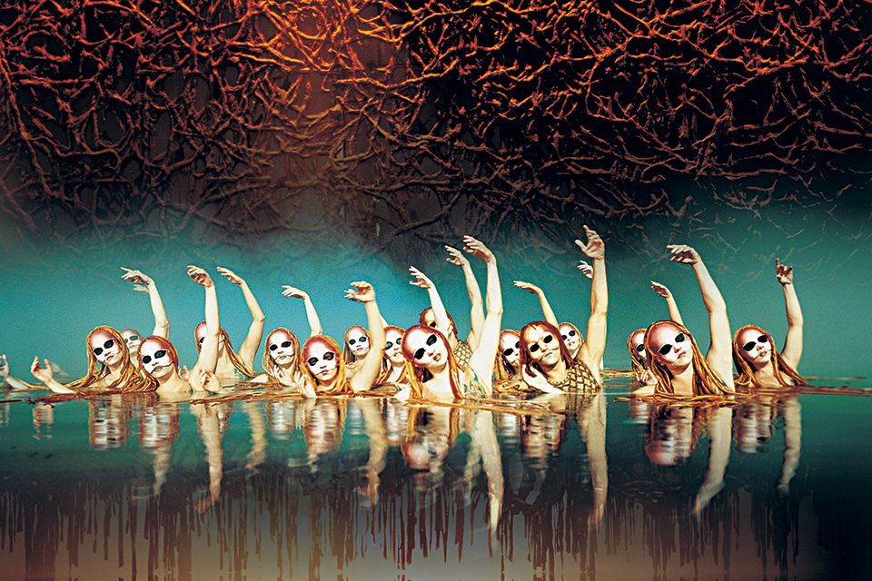 "Synchronized Swimming from ""O"". Photo: Cirque du Soleil/Veronique Vial"