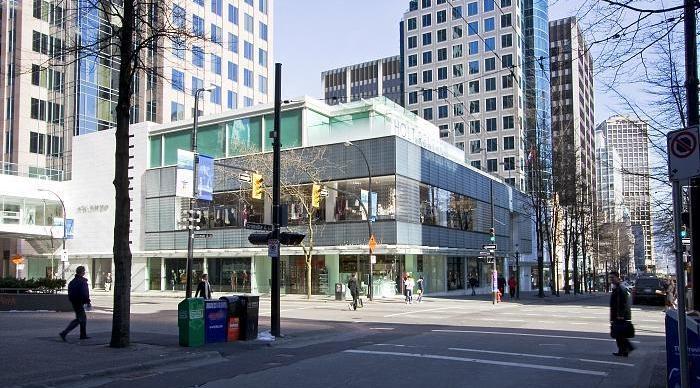 Holt Renfrew on Granville Street. Photo:  Wikimapia