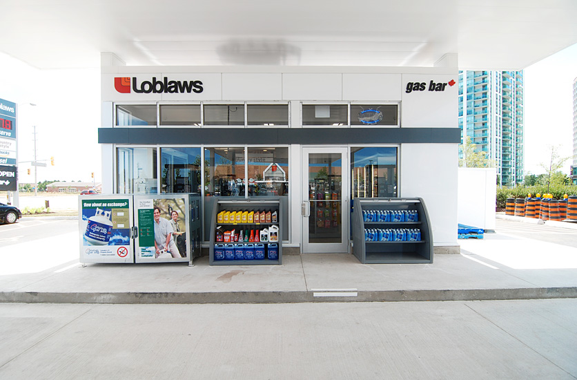 Loblaws Gas Bar. Photo:  Alex Rebank