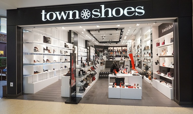f8946a9ab92cc3 DSW to Shutter Town Shoes Chain of Stores